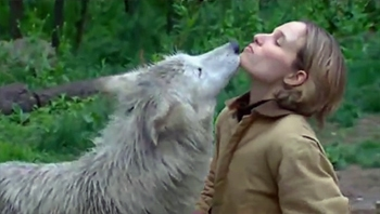 Hélène Grimaud – Documentary, Living with Wolves