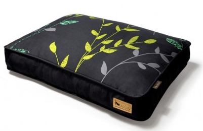 Giveaway: P.L.A.Y. Luxury Dog Bed