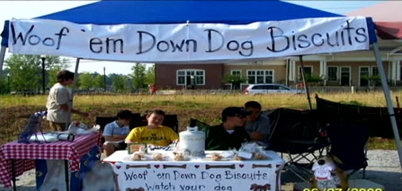 Teen Founds Dog Biscuit Company to Benefit Local Shelters