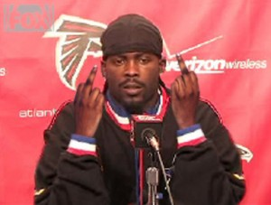 Survey: Michael Vick Most Disliked NFL Player