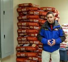 Man Donates Ton of Dog Food to Shelter