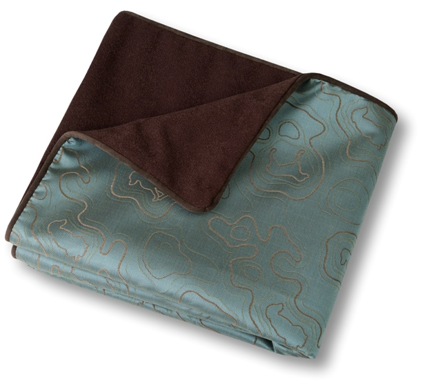 Giveaway: Crypton Throver Pet Throw