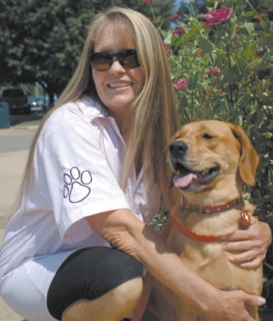 Hospice Gets New Therapy Dog