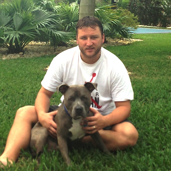 Mark Buehrle moves to Toronto alone so his dog can stay with the family
