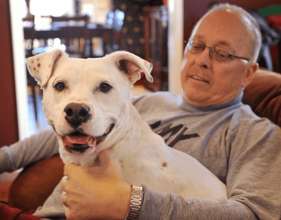 Man Survives Heart Attack With Help From His Dog