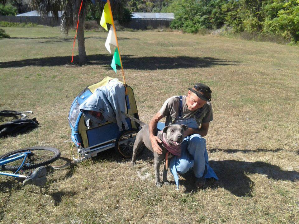 Facebook Campaign Reunites Homeless Man with Stolen Dog