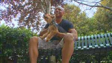 Soldier Reunited with Dog Missing for 18 Months