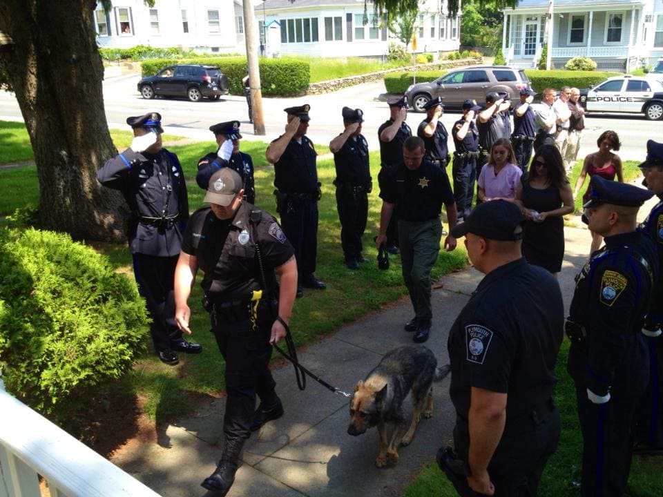 Police K-9 Saluted as he Makes his Final Journey to Animal Hospital