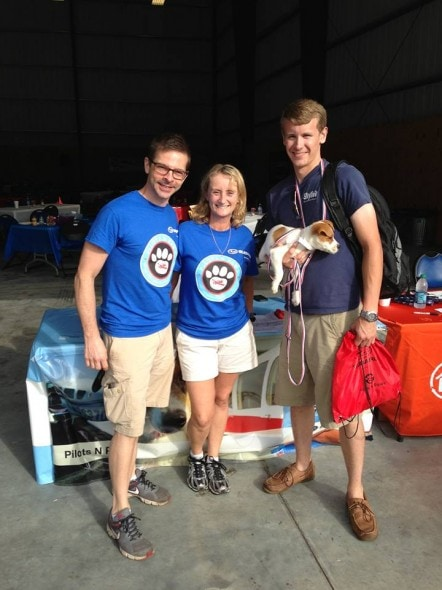 Pilots N Paws volunteers with Lacey.