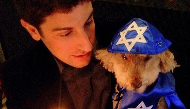 Jason Biggs Throws Dog a 'Bark' Mitzvah