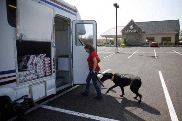 5.15.14 - Bloodmobile for Dogs at University of Pennsylvania Vet School