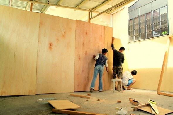 5.18.14 - Filipino Boy Builds No-Kill Shelter in His Garage8