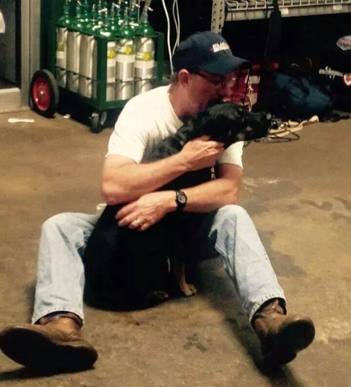 Missing Injured Oklahoma EMT Mascot Hobbles Back Home