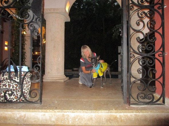 Vanda Hale and Nikko say good bye to Cartagena. Photo Credit: Vanda Hale.