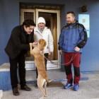 Spain's Nurse and First Ebola Survivor Adopts New Pet