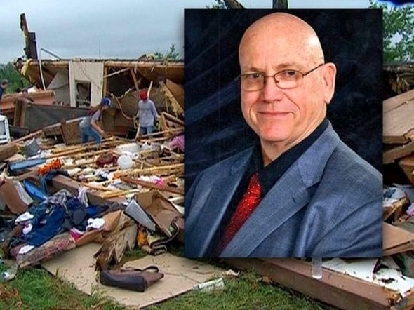 5.14.15 - Owner Sacrifices His Life to Save Dog from Deadly Tornado1
