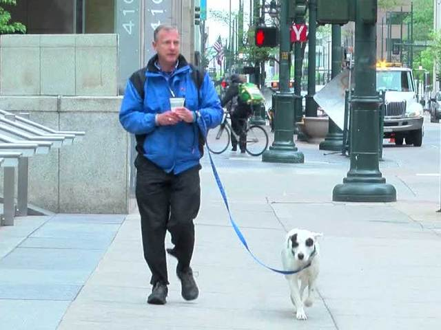 Homeless Veteran Invents Hands-Free Dog Walking Device