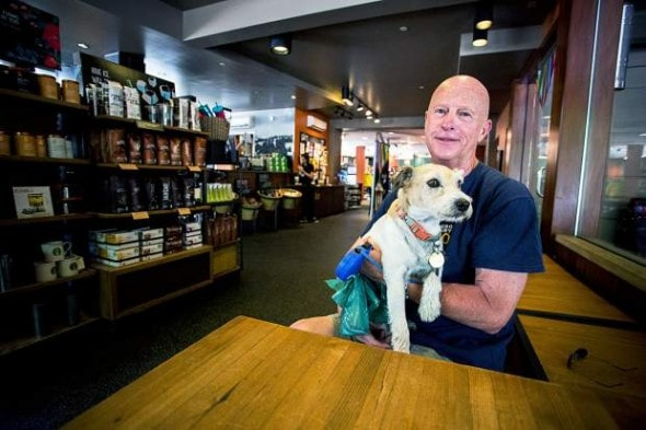 Coffee Shop Story Spurs Debate! Therapy Dog Or Service Dog?