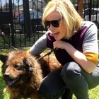 7.18.15 - Chelsea Handler Adopts New Dog10