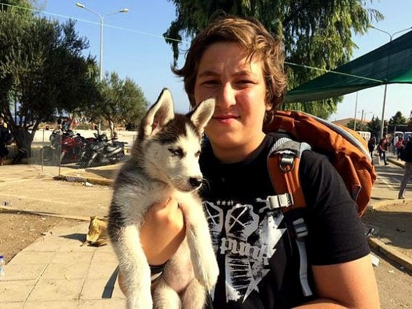 9.20.15 – Teen Refugee Refuses to Leave Syria Without His Dog1