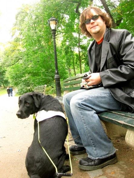 10.25.15 - Blind Man Paints the Most Beautiful Dog Portraits0001