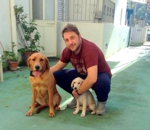 11.5.15 - Italian Sailors Save Puppy Stranded in the Gulf of Naples6