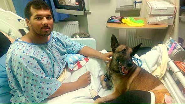 12.12.15 - Injured Soldier & Dog Get a Hospital Room Together1