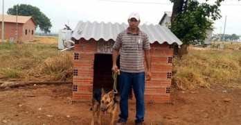Pet Owner Installs AC Unit in Dog House