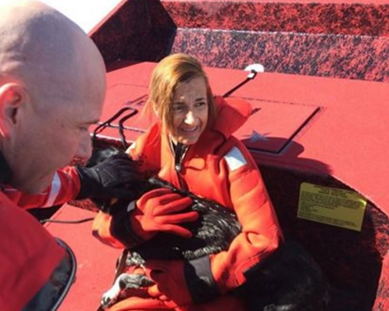 Dog Stuck on Frozen Pond Gets Air Boat Rescue