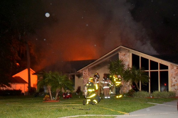 4.26.16 - Retired Police Dog Leads Firefighters to Toddlers Trapped in Burning Home2