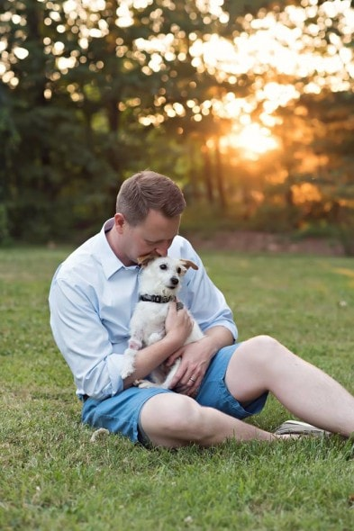 6.17.16 - News Anchor Says Goodbye to His Beloved Dog With a Bucket List10