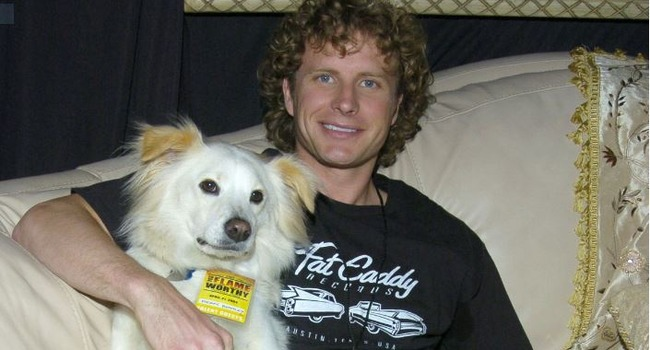 Country Star Dierks Bentley Says Goodbye to Beloved Dog, Jake