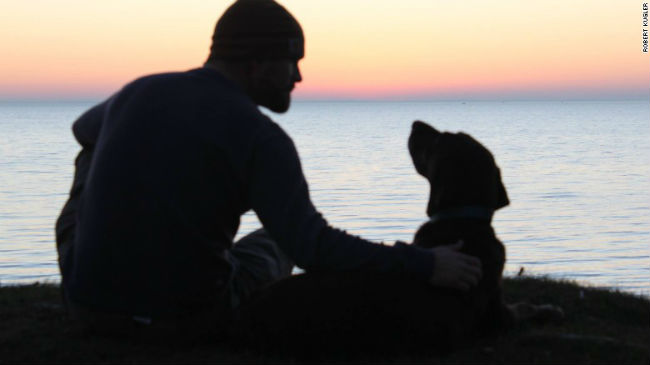 Devoted Marine Vet Takes Terminally Ill Dog on Road Trip