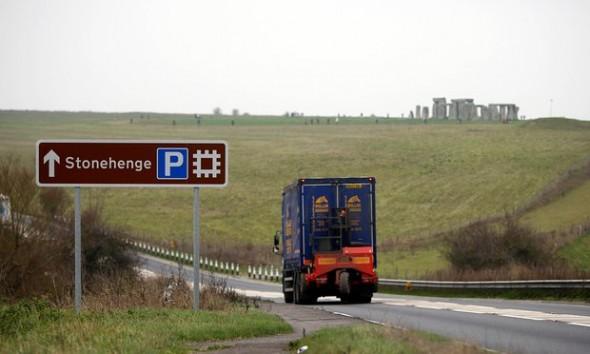 10-08-16-stonehenge3