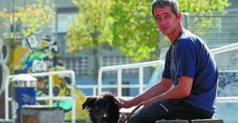 Goooaaalll! Spanish Soccer Team Helps Homeless Man & His Dog