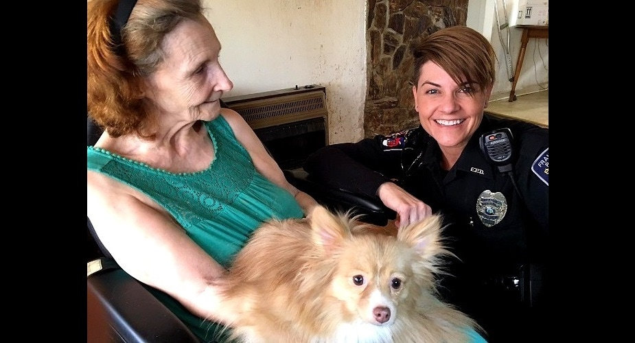 Police Officer Saves Dead Dog With Mouth-to-Snout Resuscitation