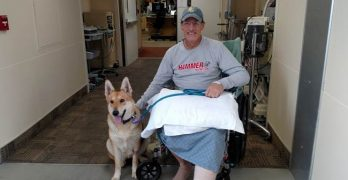 Injured Hiker Has Tearful Reunion With The Dog He Was Forced to Leave Behind