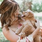 "Dog mom's ""puppy reveal"" photo shoot is so stinkin' cute!"